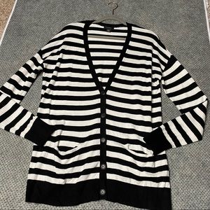 Halogen Black & White Cardigan with Front Pockets